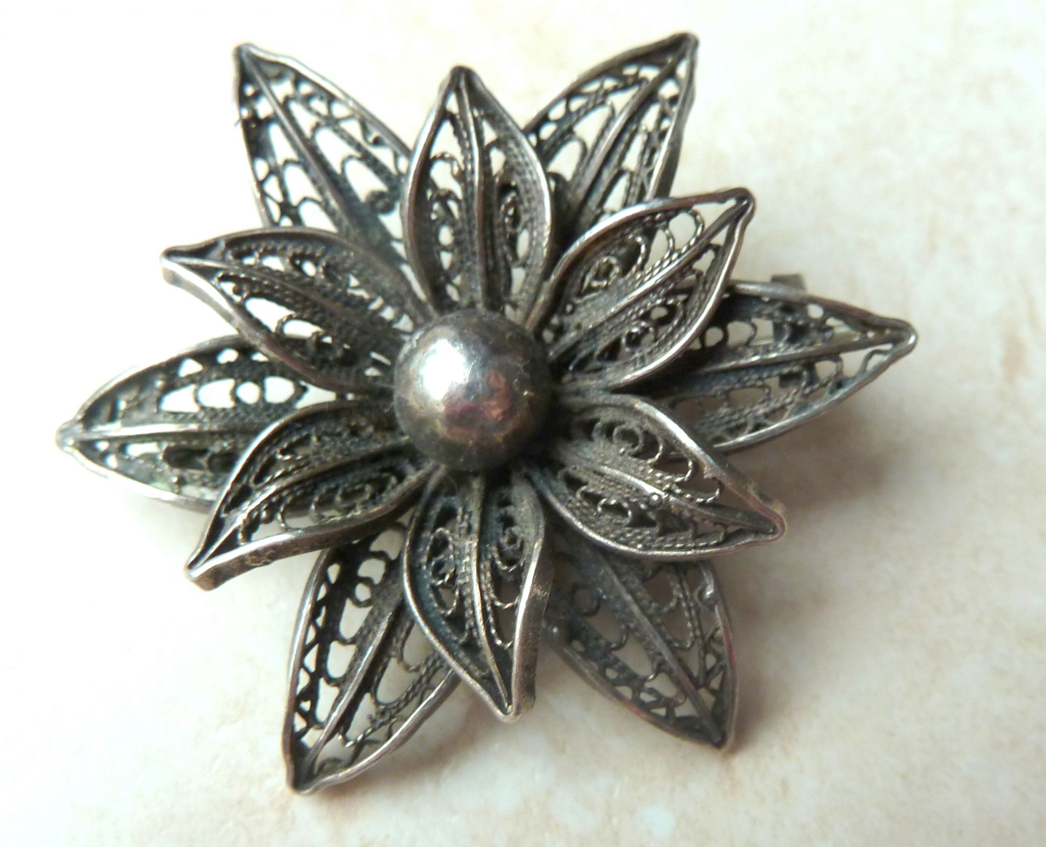 Vintage Silver Filigree Flower Brooch